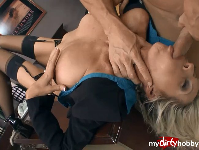 office mouth fucking