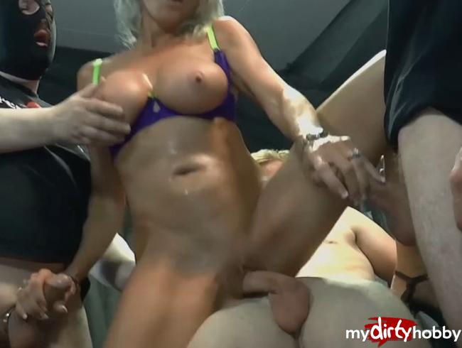 all hard and wet german cocks are for my holes